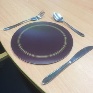Round Burgundy Melamine Placemats (IT296)