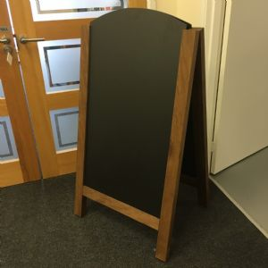 Large A board with rounded top (IT125)