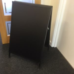 Medium sized metal A Board (IT437)