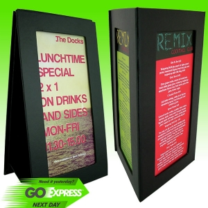 Unica Tabletop Displays